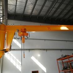1t墙壁式电动180度旋转悬臂吊